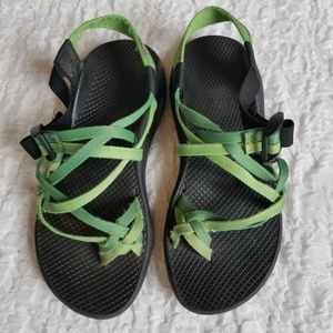 Chacos Double Adjustable Straps in Green Size 8